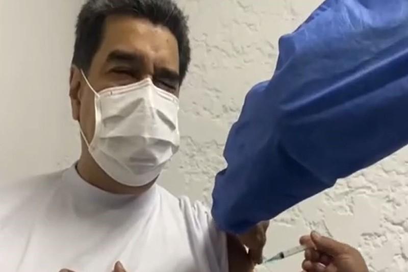 Cuarentena en Venezuela: Maduro recibió la vacuna contra el covid