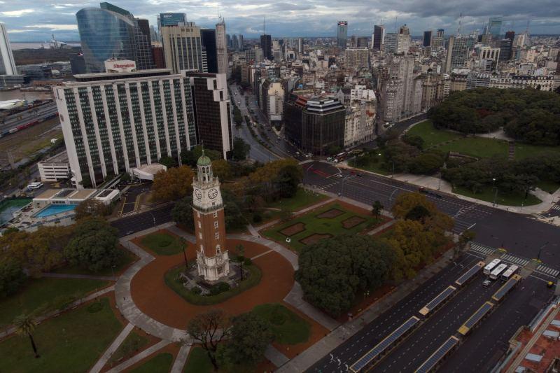 toque de queda argentina