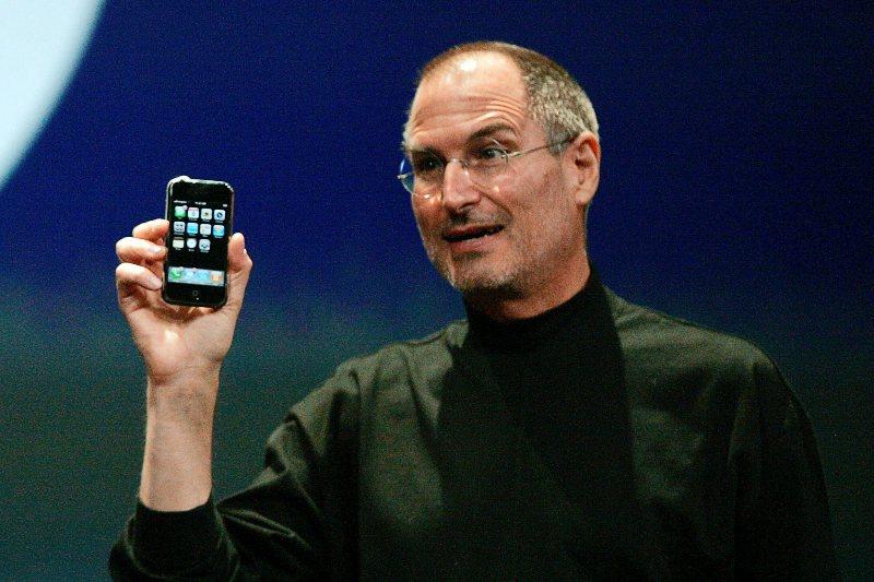Steve Jobs y cómo desbloquear un iPhone